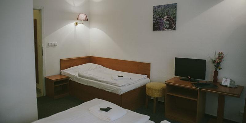 hotel amadeus prague triple bedroom