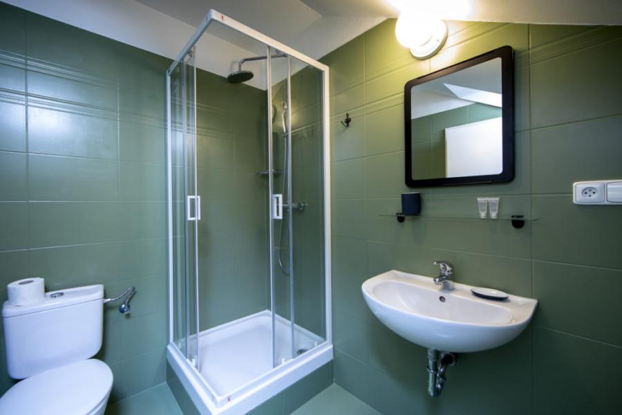 Amadeus hotel Praha: koupelna prémiový pokoj