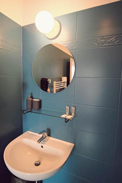 Hotel Amadeus Prague: Premium Room Bathroom