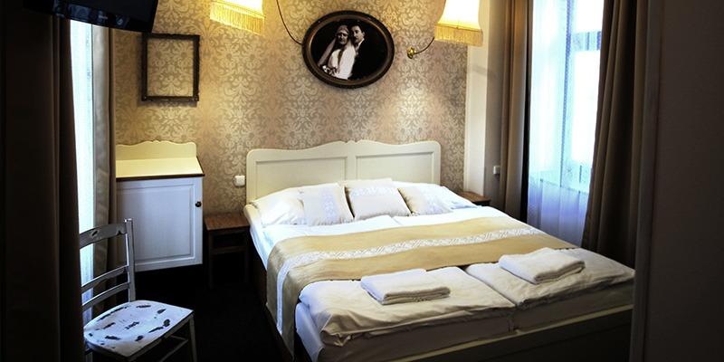 hotel amadeus premium triple room